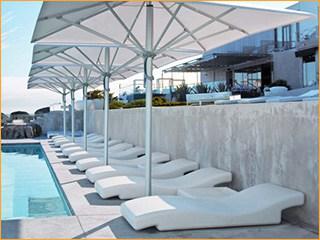 Sonnenschirme für die Poolbar