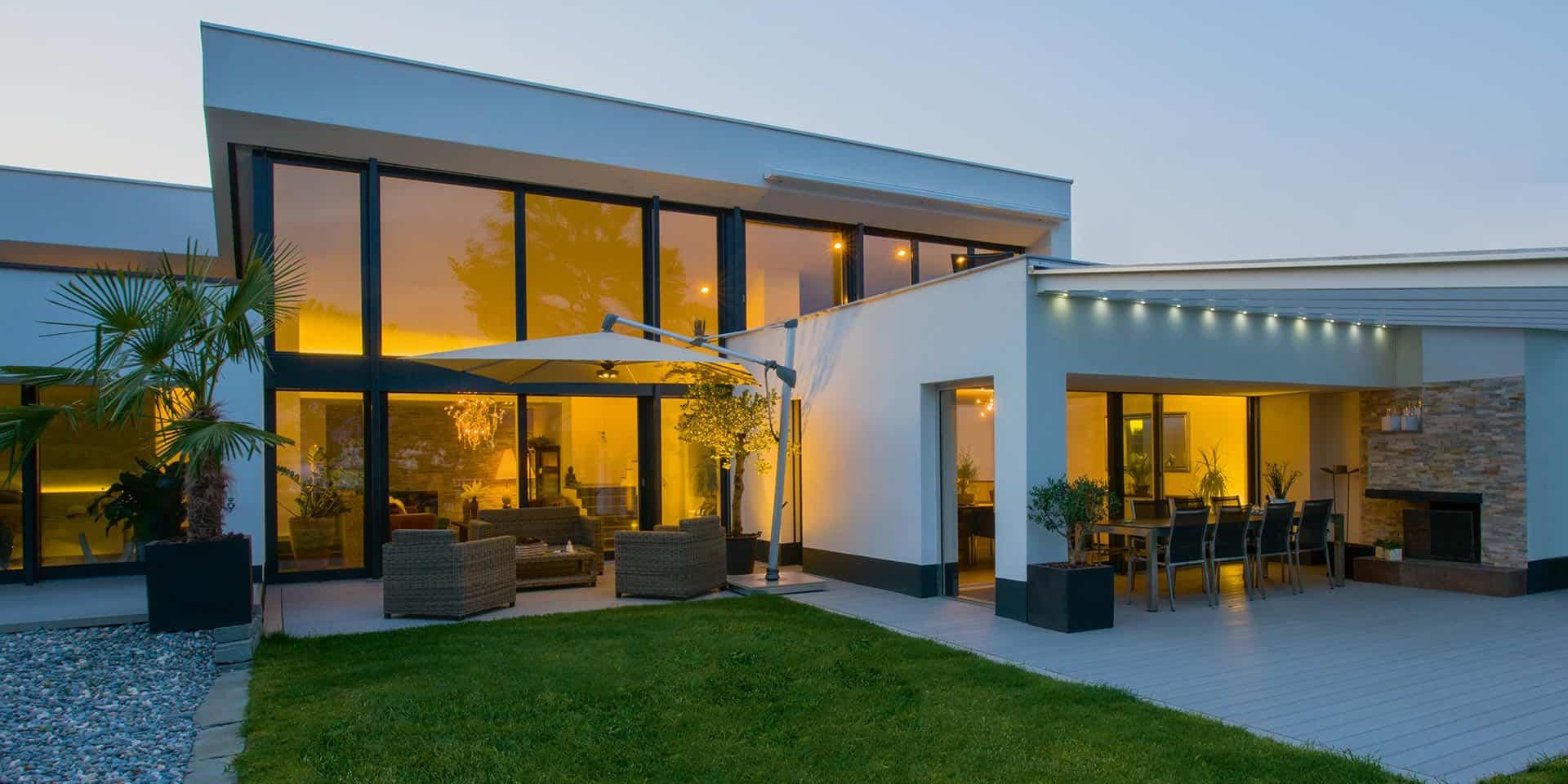 Sonnenschirm rechteckig - Villa mit Pool