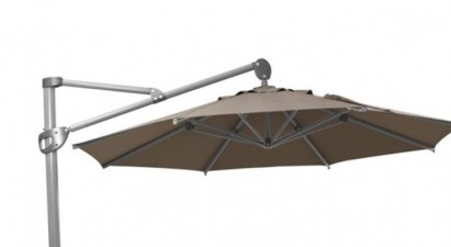 Royal Mirage – elegante und funktionale Ampelschirme