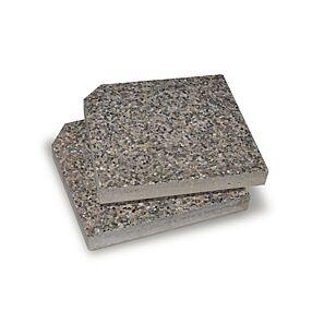 May Betonplatten mit angeschnittener Ecke